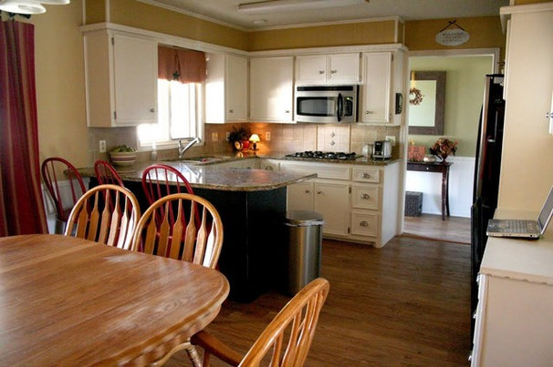 Traditional Kitchen by 320 Sycamore