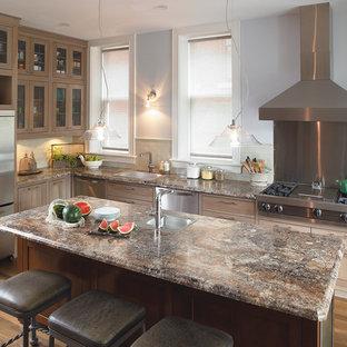 Kitchen designs - Kitchen photo in Cincinnati