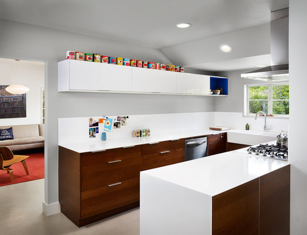Contemporary Kitchen by Clayton&Little Architects