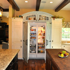 Traditional Kitchen by Auer Kitchens
