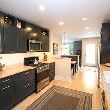 Transitional Kitchen by Atiyeh Real Estate LLC / Joyner Fine Properties