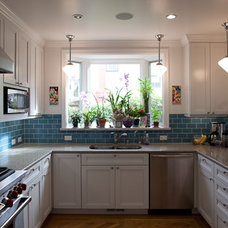 Traditional Kitchen by Syncopated Architecture