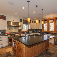 traditional kitchen by Travis Knoop Photography
