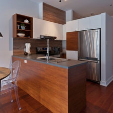 Contemporary Kitchen by René Lemay
