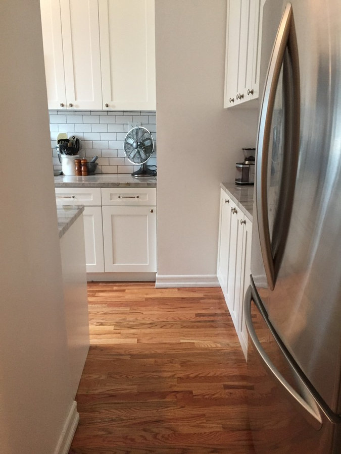 4th Floor Walkup - L Shaped Kitchen