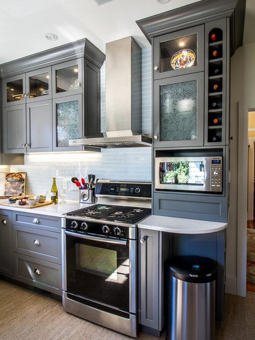 Kitchen Design Ideas Renovations Photos With Glass Tiled Splashback And Cork Flooring