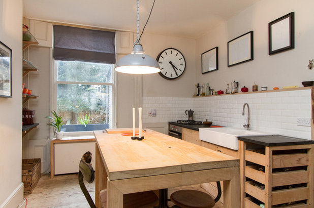 Midcentury Kitchen by Chris Snook