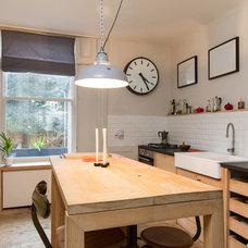 Midcentury Kitchen by Chris Snook