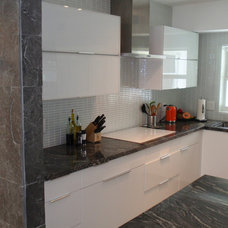 Modern Kitchen by Stol construction corp