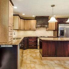 Traditional Kitchen by Hurst Total Home, Inc.