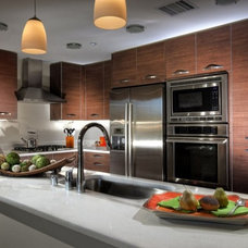 Contemporary Kitchen by Domus And Domus