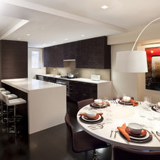 Modern Kitchen by Ian Engberg