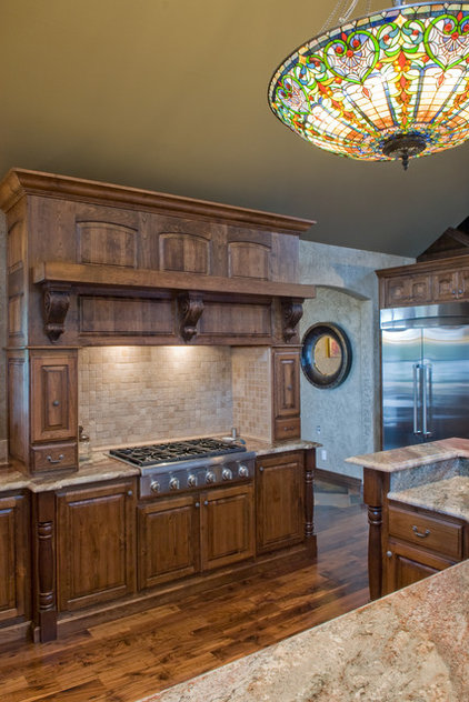 Traditional Kitchen by Prince Custom Homes Inc.