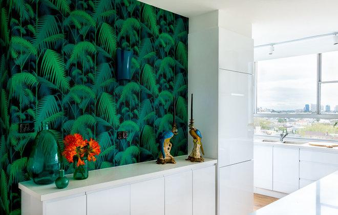 Contemporary Kitchen by MR.MITCHELL