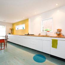 32: Kitchens