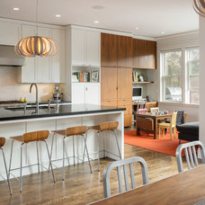 Contemporary Kitchen by Sutro Architects