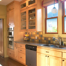 Craftsman Kitchen by Color in Space Inc.