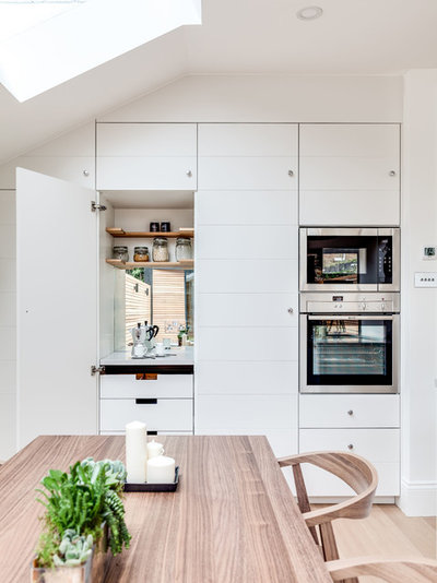 Scandinavian Kitchen by JLB Property Developments