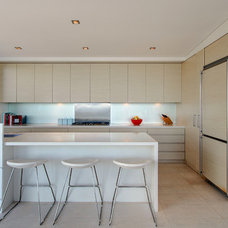 Contemporary Kitchen by Lexis Design Pty Ltd