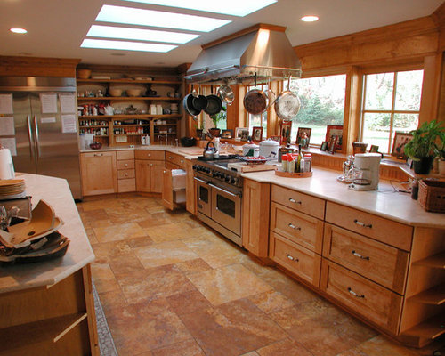 farmhouse 8 39 x 10 39 l shaped kitchen design ideas remodels On kitchen cabinets 8x10