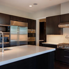 Contemporary Kitchen by Frankel Building Group