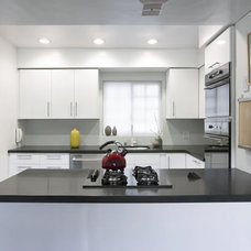 Contemporary Kitchen by emily jagoda