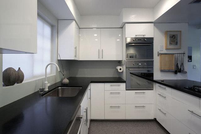 Contemporary Kitchen by emily jagoda