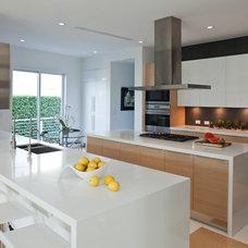Contemporary Kitchen by SDH Studio - Architecture and Design