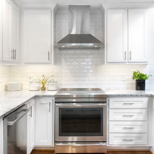 75 Beautiful Small Kitchen With Granite Countertops Pictures Ideas May 2021 Houzz