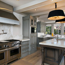 Traditional Kitchen by Kevin Rugee Architect, Inc.