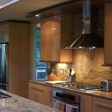 Contemporary Kitchen by Kirshman & Associates