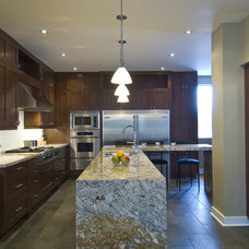 contemporary kitchen by BiglarKinyan Design Planning Inc.