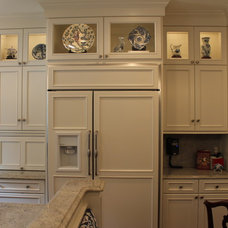 Traditional Kitchen by JB Interiors, Inc.
