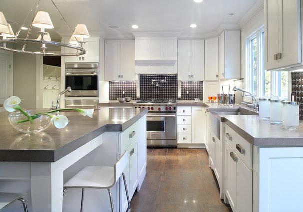 Contemporary Kitchen by Kenneth/Davis, Inc.