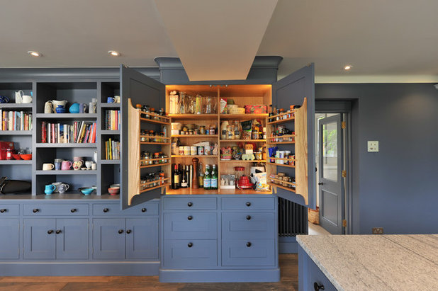 Transitional Kitchen by Dovetail Workers in Wood ltd