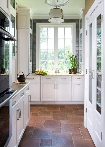 Contemporary Kitchen by Sroka Design, Inc.