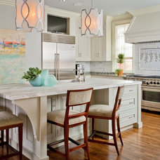 Traditional Kitchen by Teri Thomas Interiors