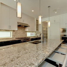 Contemporary Kitchen by Maillot Homes