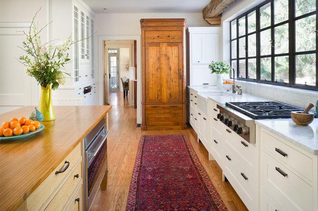 Farmhouse Kitchen by Orion Design, Inc.