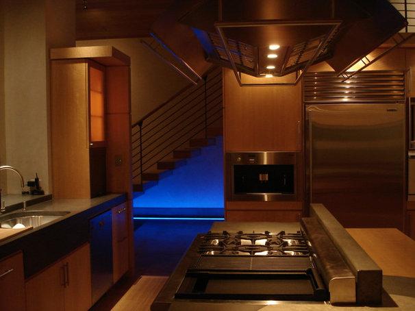Modern Kitchen by 186 Lighting Design Group - Gregg Mackell