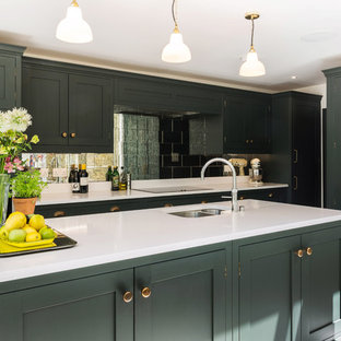 A London Town House Kitchen By Burlanes