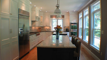 A Luxurious and Bright Kitchen