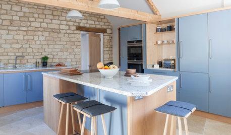 Küche im Scandi-Chic für eine renovierte Scheune in Wiltshire