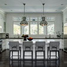Traditional Kitchen by Fraerman Associates Architecture