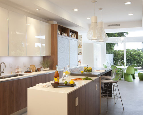 Eat In Kitchen   Modern Eat In Kitchen Idea In Miami With Flat