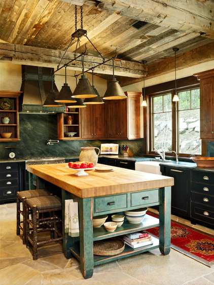 Traditional Kitchen by Jordan Design Studio, Ltd.