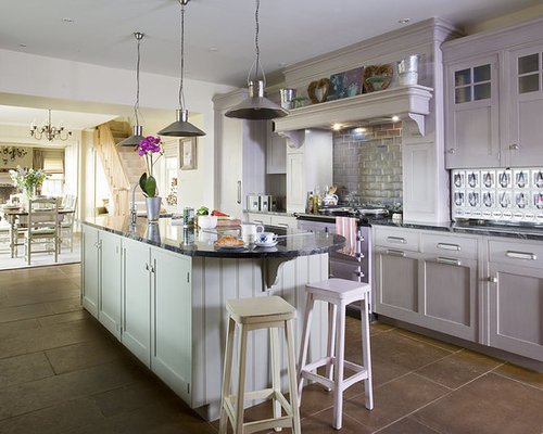 Scottish kitchen design ideas remodel pictures houzz for Traditional kitchen meaning