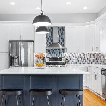 A Sleek, Modern Chicago Kitchen