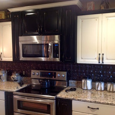 Traditional Kitchen by Logan Hanes