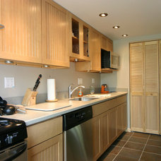 Traditional Kitchen by James C Schell